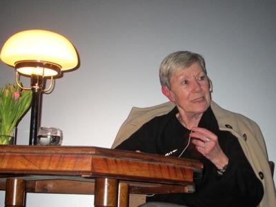 Christa Maerker las aus ihrer Doppelbiographie.